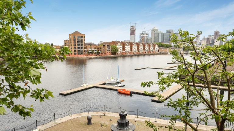 Greenland Dock & its history